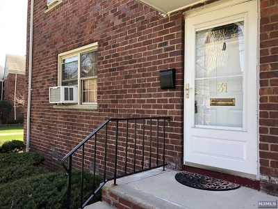 Fort Lee Condo/Townhouse For Sale: 1267 Anderson Avenue #31