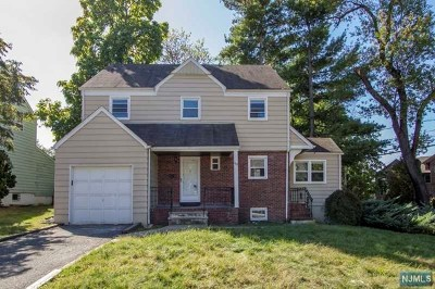 Teaneck Single Family Home For Sale: 742 Rutland Avenue