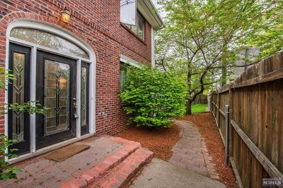 Teaneck Single Family Home For Sale: 333 Teaneck Road