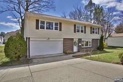 Waldwick Single Family Home For Sale: 58 East Prospect Street