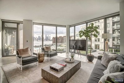 West New York Condo/Townhouse For Sale: 9 Ave At Port Imperial #1001