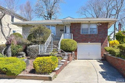 Fort Lee Single Family Home For Sale: 339 Slocum Way