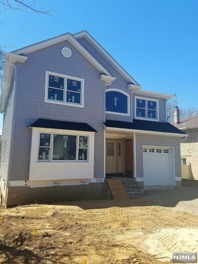 Saddle Brook Single Family Home For Sale: 341 7th Street
