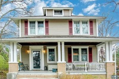 Park Ridge Single Family Home For Sale: 138 Ridge Avenue