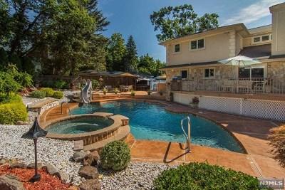 Hillsdale Single Family Home For Sale: 8 Royal Park Terrace