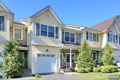 Waldwick Condo/Townhouse For Sale: 5 Dipippo Court
