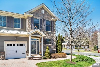 Allendale Condo/Townhouse For Sale: 2007 Whitney Lane