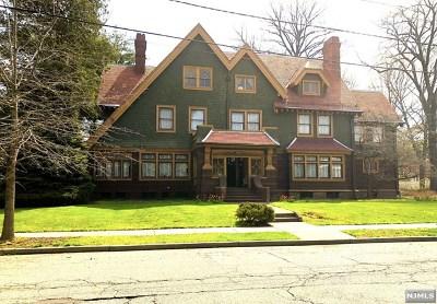 Paterson Single Family Home For Sale: 251-263 Derrom Avenue