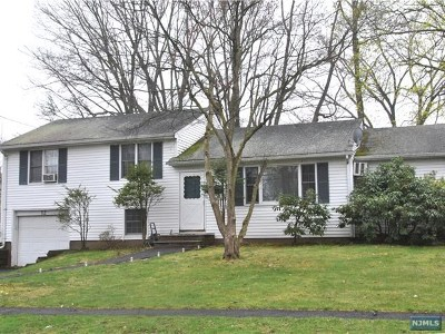 Closter Single Family Home For Sale: 12 Pearl Road
