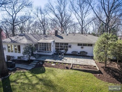 Hillsdale Single Family Home For Sale: 92 Stony Ridge Drive