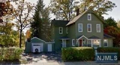 Dover Town Multi Family 2-4 For Sale: 338 East Blackwell Street