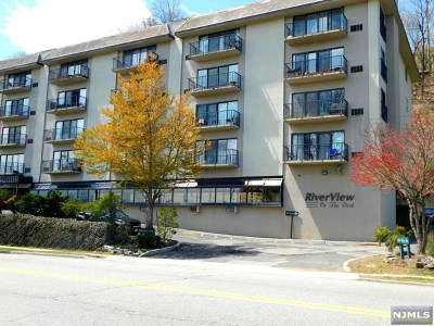 Edgewater Condo/Townhouse For Sale: 1150 River Road #4a