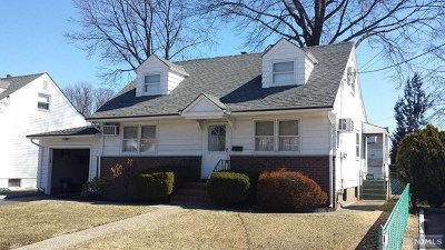 Rochelle Park Single Family Home For Sale: 76 South Drive