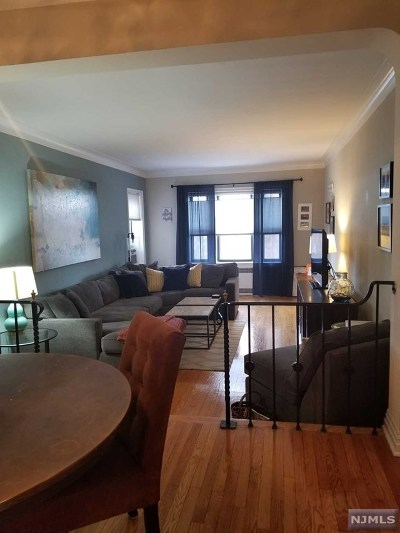 Condo/Townhouse For Sale: 100 Prospect Avenue #2l