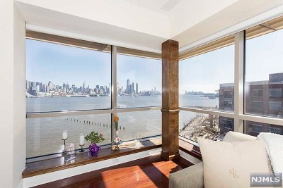 West New York Condo/Townhouse For Sale: 20 Ave At Port Imperial #535