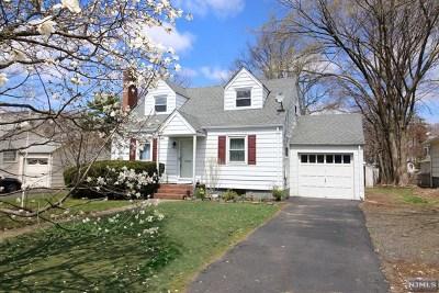Ridgewood Single Family Home For Sale: 363 East Glen Avenue