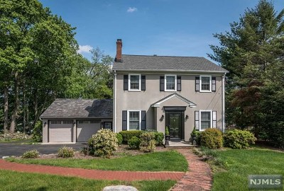 Allendale Single Family Home For Sale: 246 East Crescent Avenue