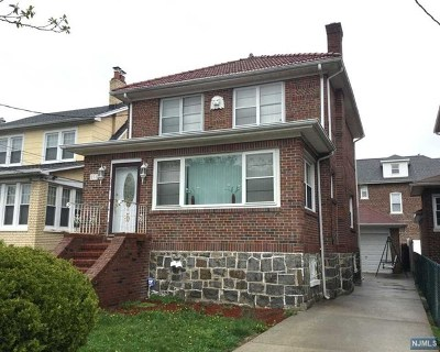 Fairview Single Family Home For Sale: 271 Hudson Place
