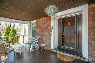 Paramus Single Family Home For Sale: 109 Paramus Road