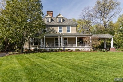 Ridgewood Single Family Home For Sale: 145 West Ridgewood Avenue