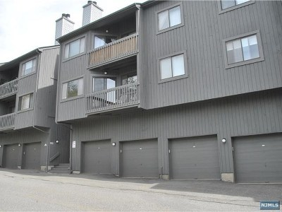 Ramsey Condo/Townhouse For Sale: 283 Redwood Court