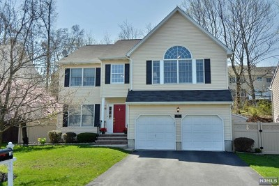 Montvale Single Family Home For Sale: 12 Serrell Drive
