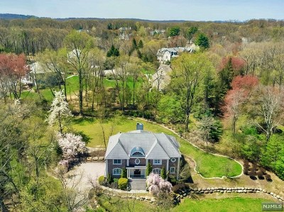 Franklin Lakes Single Family Home For Sale: 1024 High Mountain Road