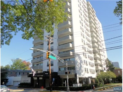 Fort Lee Condo/Townhouse For Sale: 1600 Center Avenue #1 G