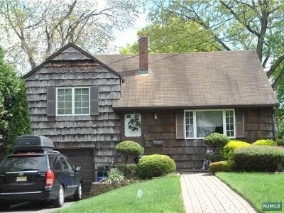 Tenafly Single Family Home For Sale: 66 Gordon Avenue