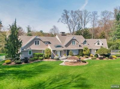 Ho-Ho-Kus Single Family Home For Sale: 14 Timberline Road