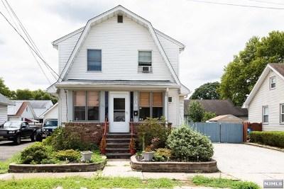 Fair Lawn Single Family Home For Sale: 3-04 Bergen Avenue