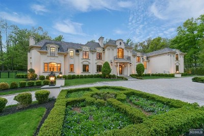 Saddle River Single Family Home For Sale: 25 Burning Hollow Road