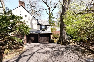 Tenafly Single Family Home For Sale: 24 Ravine Road