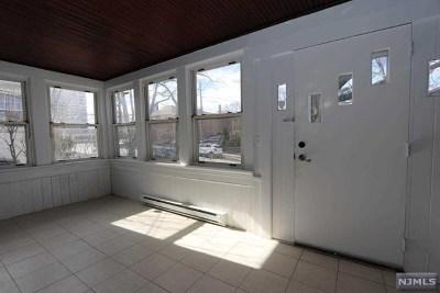 Leonia Single Family Home For Sale: 423 Washington Terrace