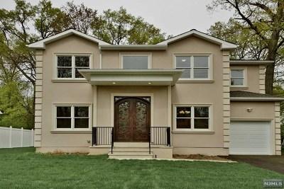 Fair Lawn Single Family Home For Sale: 6-07 Mayfair Terrace