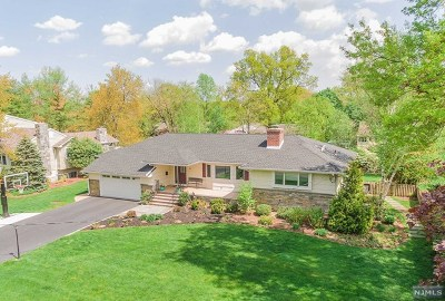 Glen Rock Single Family Home For Sale: 33 Windham Place