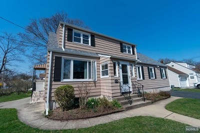 Fair Lawn Single Family Home For Sale: 11-04 Upton Place
