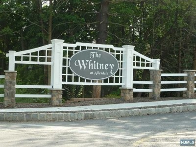Allendale Condo/Townhouse For Sale: 1901 Whitney Lane