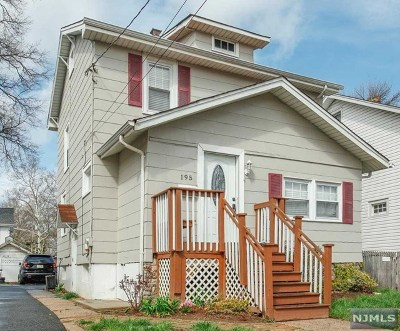 Teaneck Single Family Home For Sale: 195 Oak Street