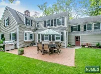 Tenafly Single Family Home For Sale: 82 Park Street