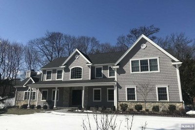 Mahwah Single Family Home For Sale: Campgaw Road