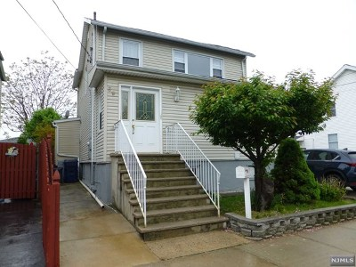 Hackensack Single Family Home For Sale: 89 Grove Street
