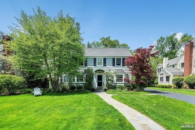 Ridgewood Single Family Home For Sale: 199 Spencer Place