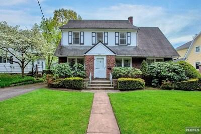 Ridgewood Single Family Home For Sale: 562 Lotus Road