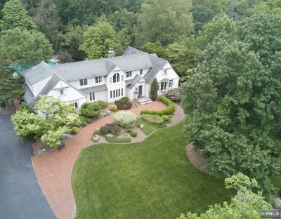 Upper Saddle River Single Family Home For Sale: 33 Sycamore Drive