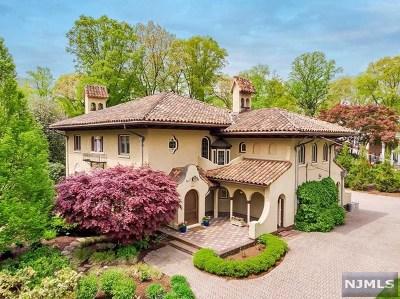 Ridgewood Single Family Home For Sale: 366 Mountain Avenue