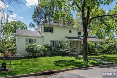 Ho-Ho-Kus Single Family Home For Sale: 514 Ackerman Avenue