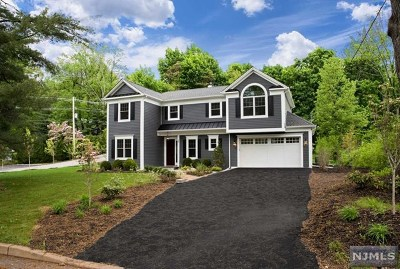 Park Ridge Single Family Home For Sale: 58 2nd Street