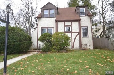 Tenafly Single Family Home For Sale: 43 Esmond Place