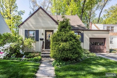 Rochelle Park Single Family Home For Sale: 79 Central Avenue